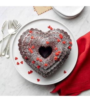 Forma Tiered Heart Bundt Pan - Nordic Ware