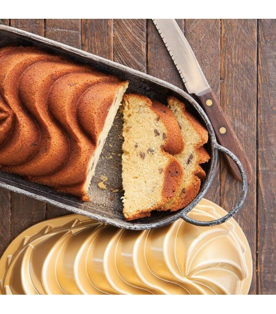 Forma Heritage Loaf Pan - Nordic Ware