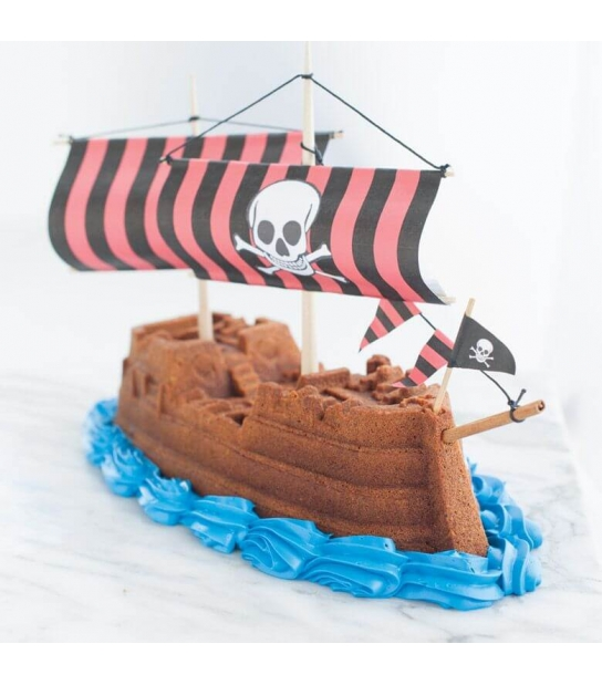 Forma Pirate Ship Bundt Pan - Nordic Ware