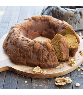 Forma Autumn Wreath Bundt Pan - Nordic Ware